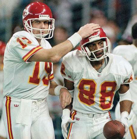 PI-NFL-Chiefs-Joe-Montana-450crop.jpg