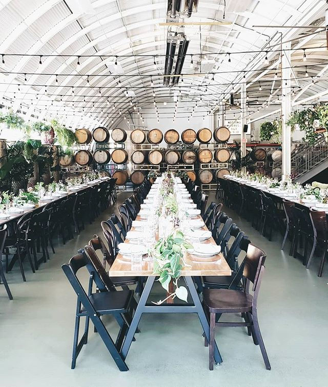 More shots of this incredible space. So much talent and such great style from the bride + groom! Congrats to Ashley + Andrew!  @kaylahoppins @classicvintagerentals  @fieldworkflowers  @coopershallpdx #dayofdesign #modernweddings #portlandweddings #pnwweddings #oregonweddings #portlandbride #brideandgroom #minimaldesign
