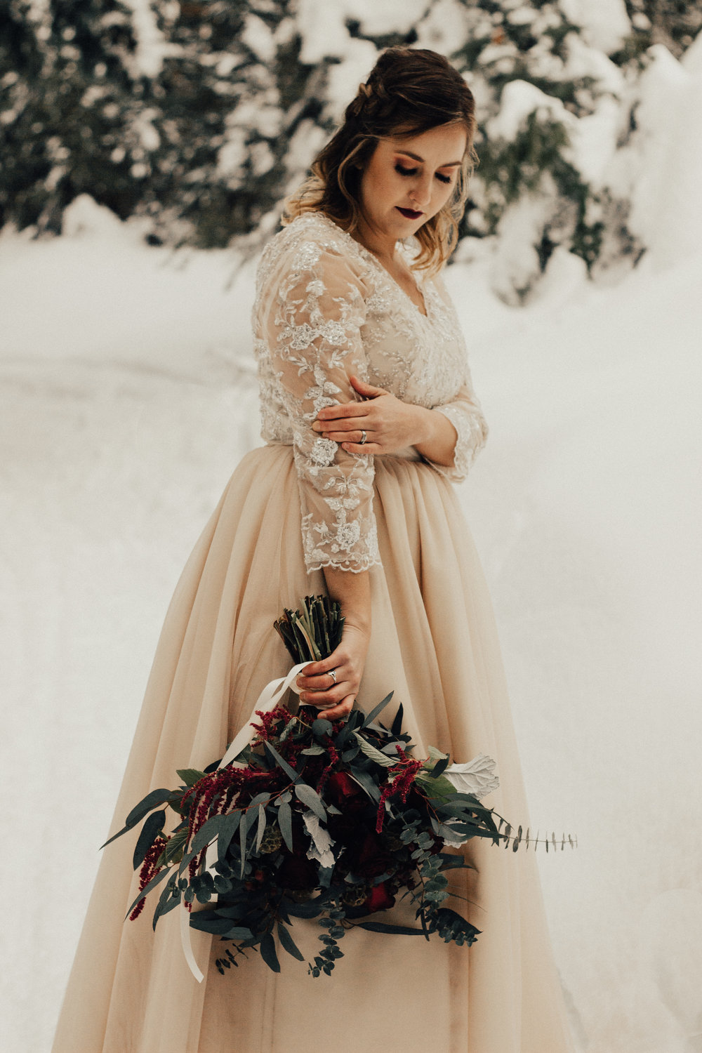 Styled-Winter-Elopement-86.jpg