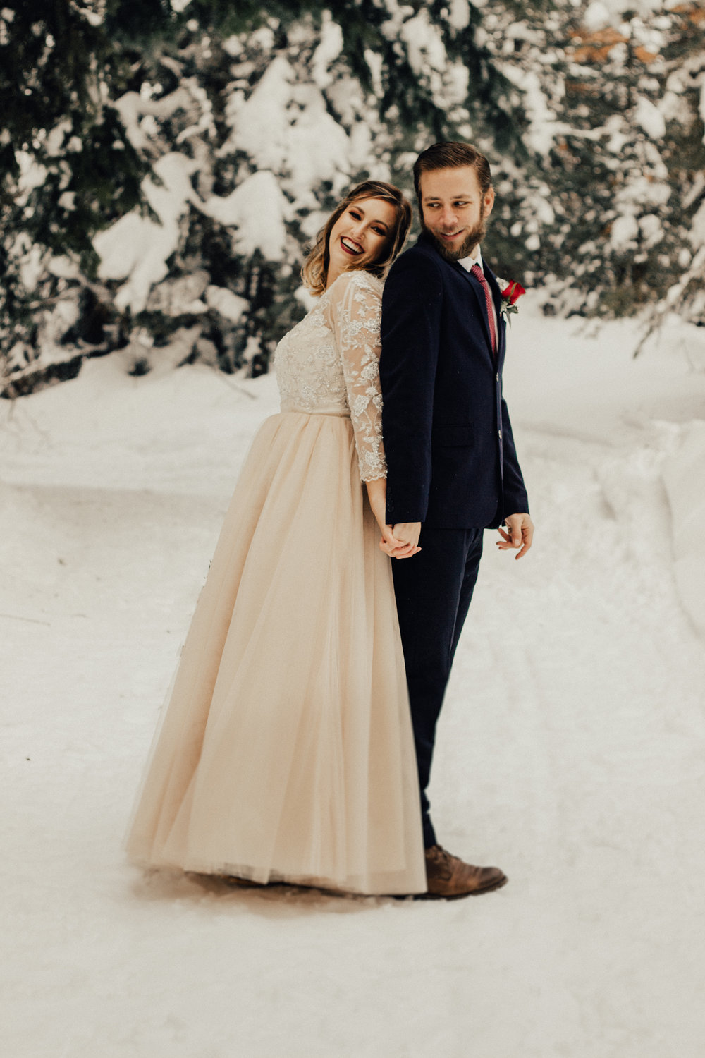Styled-Winter-Elopement-130.jpg