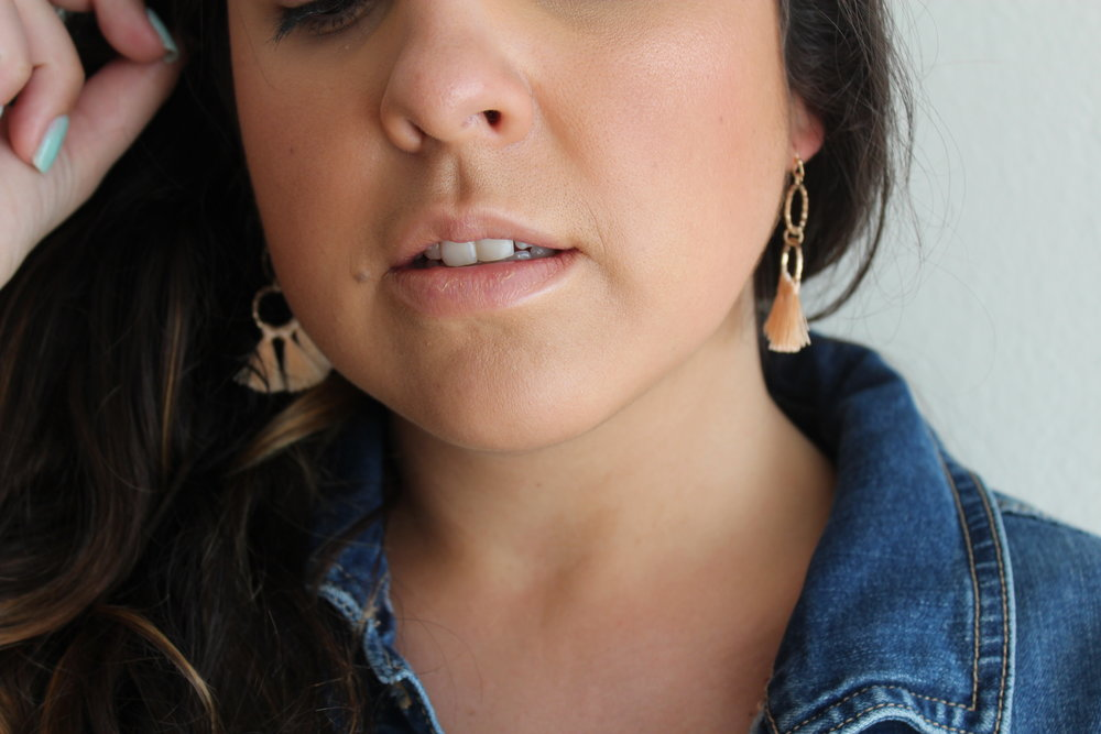 You can find these earrings  here  and use the code BRUNETTE50 for 50% off the entire site!