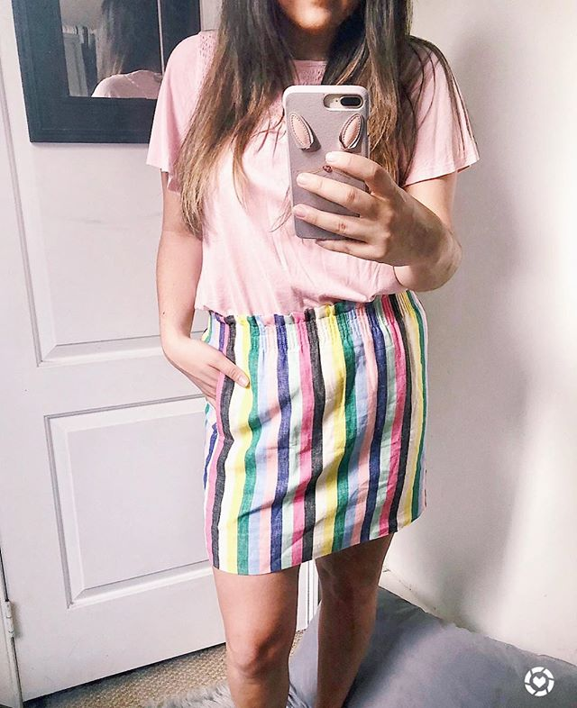 I'm HERE for this weather we're having ☀️ and for this linen striped skirt that I wore to work today 😍 I mean seriously, how fun are all the colors on it? 🌈 It's also SO lightweight and comfortable, sweating was not an issue 💦 🤣 ya feel me? It's also currently #onsale for under $30! I think I'm going to wear it again this weekend with a white tee and denim jacket! 🙌🏼 scoop it up before it's gone! // http://liketk.it/2vCwg #liketkit @liketoknow.it #LTKunder50 #LTKstyletip #workwear #summerstyle #springstyle • • • • • #igstyle #whatiwore #styledbyme #mystyle #fashion #fashionblogger #blogger #weekendvibes #jcrew #spring #liketoknowit #ootd #wiw #sales #weekendsale #springfashion #stylecollective #SC #scsisterlove #mablogger #bostonblogger