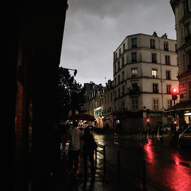 rain in paris, france + lots of thoughts of missing this place . . . #paris #parisfrance #france #france🇫🇷 #French #travel #travelphotography