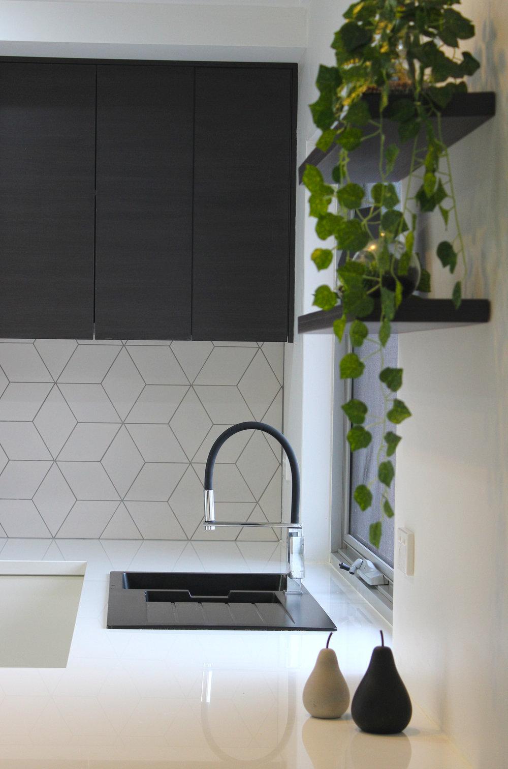 kitchen detail2.jpg