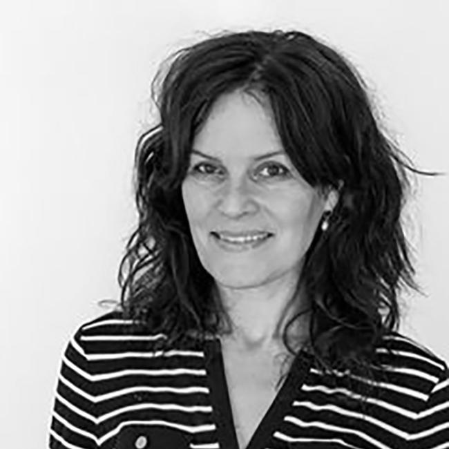 """Ingrid Ese Folkestad   S eminarholder på seminarsporet """"media og kommunikasjon"""".  Regissør og manusforfatter og har lang erfaring med produksjon av dokumentarfilm og bruk av film i ulike læringssammenhenger."""