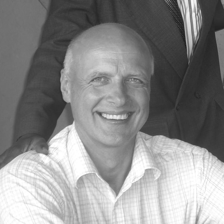 """Arne Sylta  Leder seminarsporet """"Økonomi, ledelse og administrasjon""""  Gründer, Leder av Hauge Business Network og Hauge mikrofinans, jobber til daglig i Sparebanken Vest."""