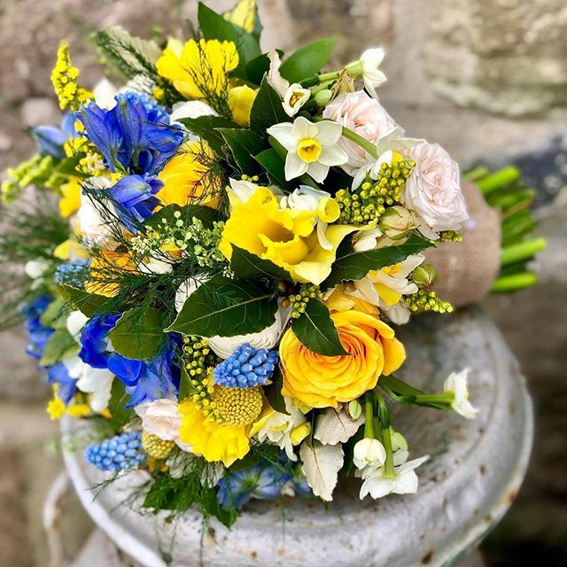 Our first wedding of the year, Teri and Matt's at Trellech Church and the Babington Centre. Their spring flowers included daffodils, narcissi, ranunculus and grape hyacinth. Beautiful...