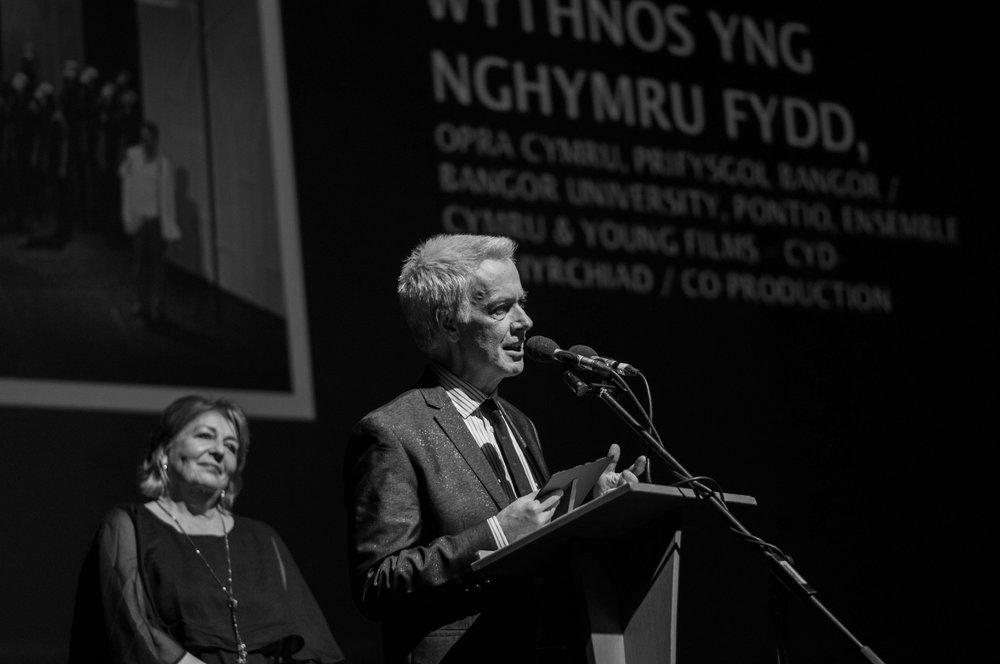 Patrick Young, Cyfarwyddwr Artistig OPRA Cymru