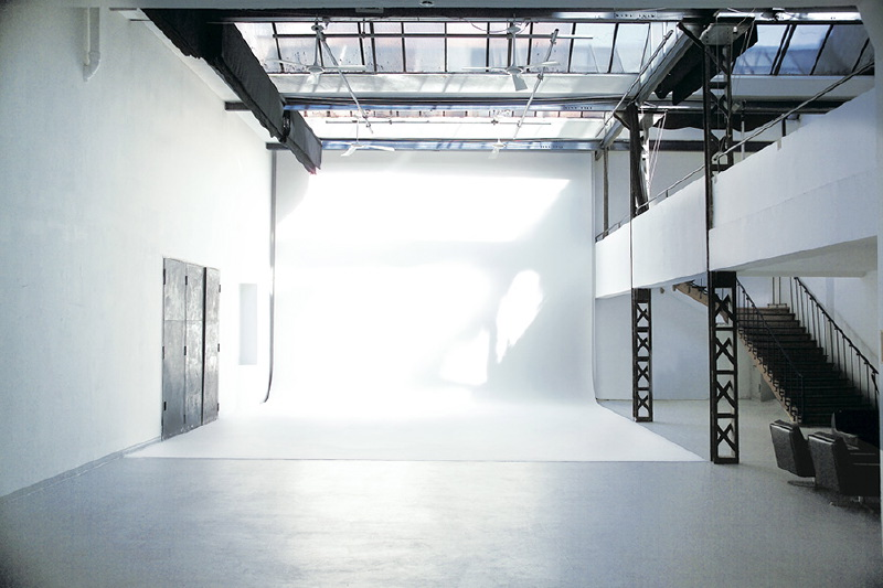 studio-01-studio-1-3-large-800x533.jpg