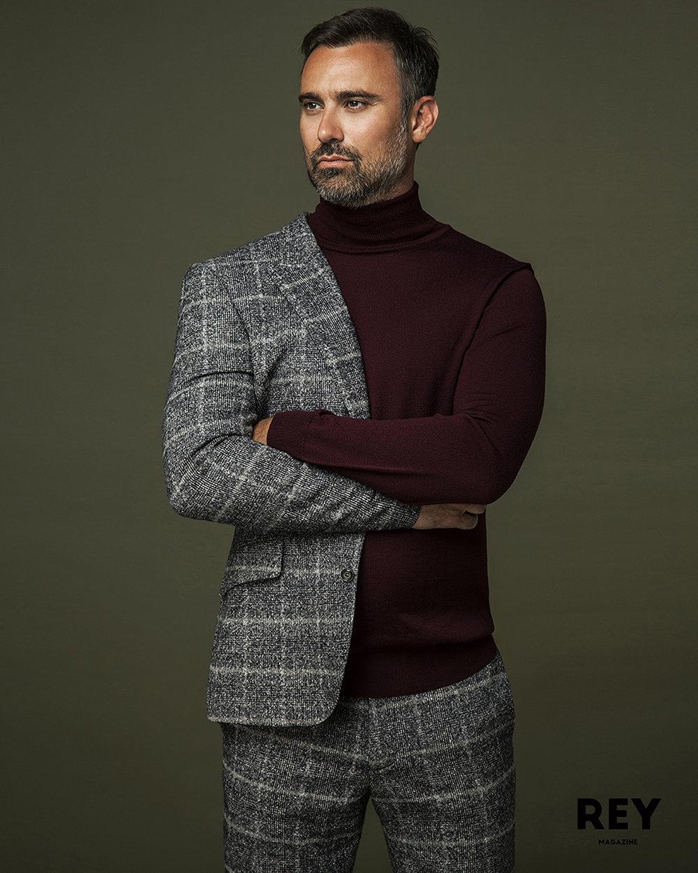 Suit: Moss London, Rollneck: TOPMAN