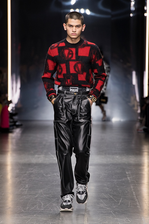 04_Versace-Mens-fw19.jpg