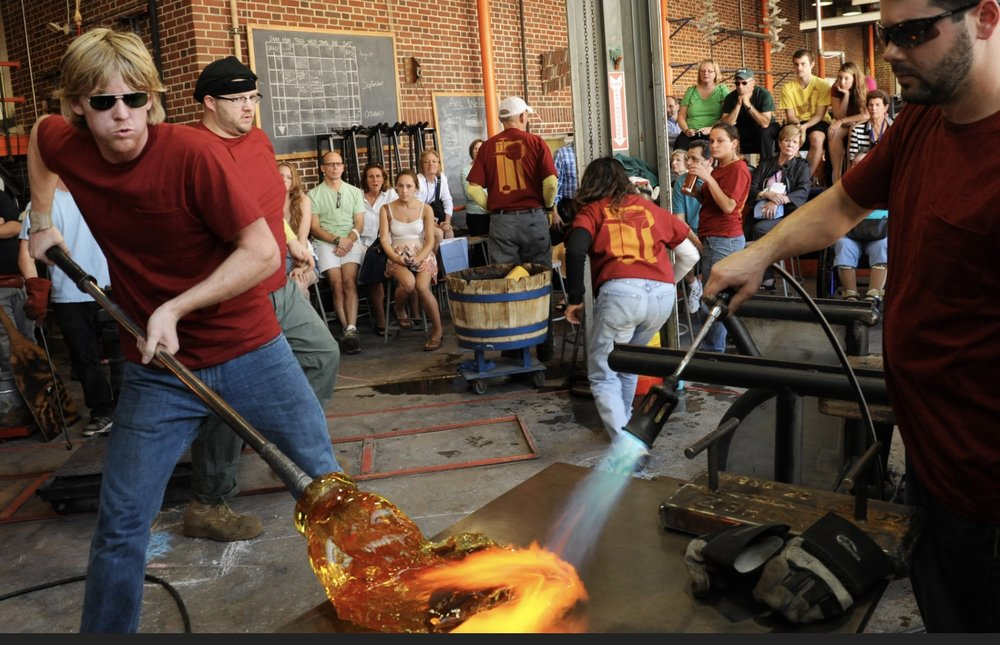 Anyone wanting to try Glass Blowing  that should get in touch with the fabulous Ruskin Glass Centre in Stourbridge. We just had a great weekend there at the International Festival of Glass.