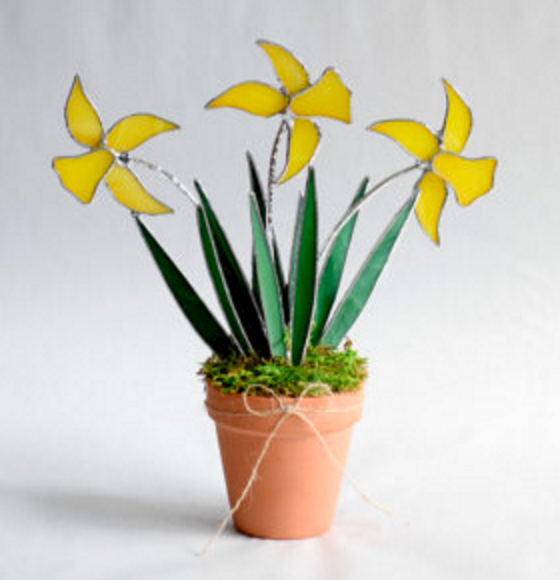 stainedglass daffs.png