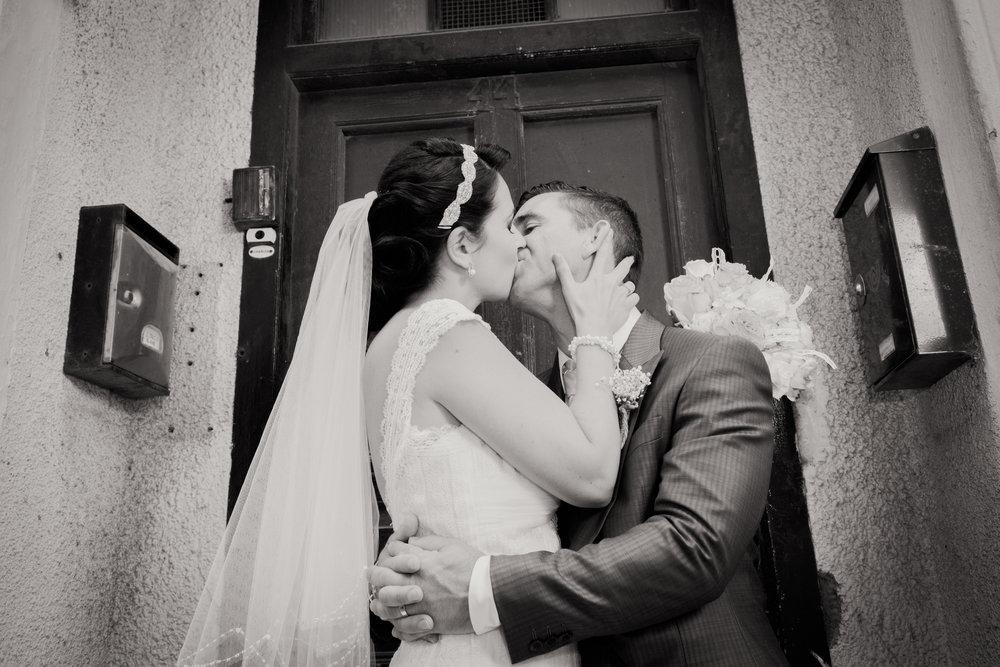 Nadia Ally BW Kiss (1 of 1).jpg