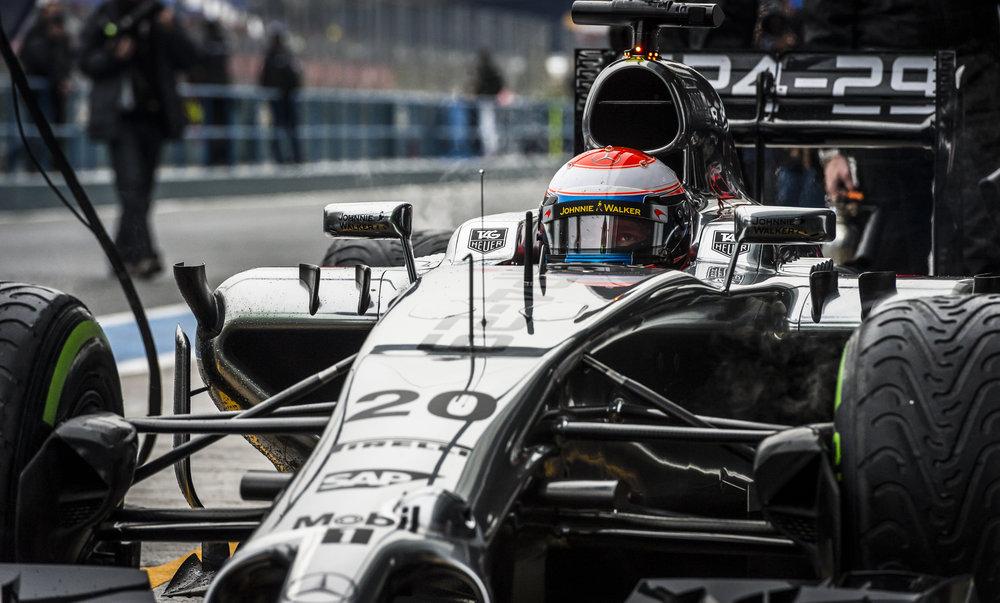 Magnussen, McLaren-Mercedes, 1-30.806, 110 laps (1 of 1)-2.jpg
