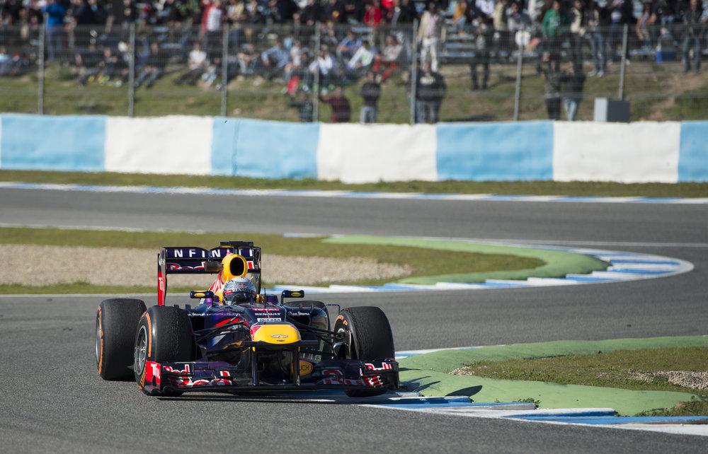 Sebastian Vettel -RB9 - Jerez Test 2013-3.jpg