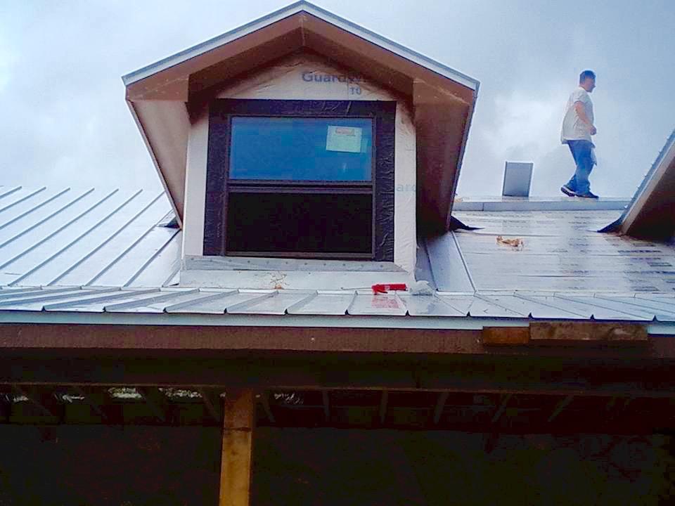 metal roof instal21.jpg