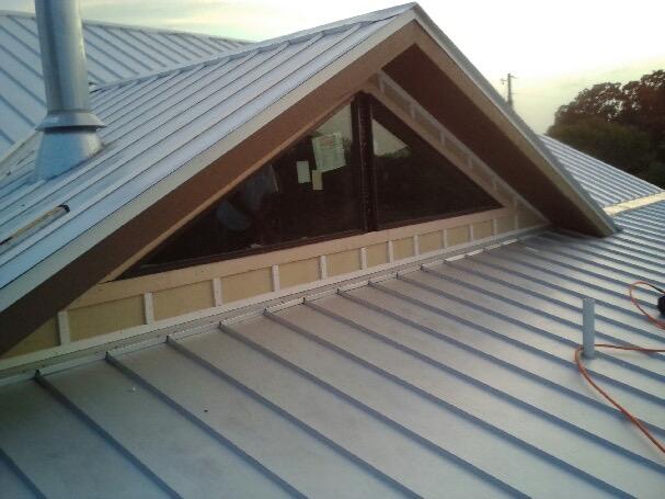 metal roof install2.jpg