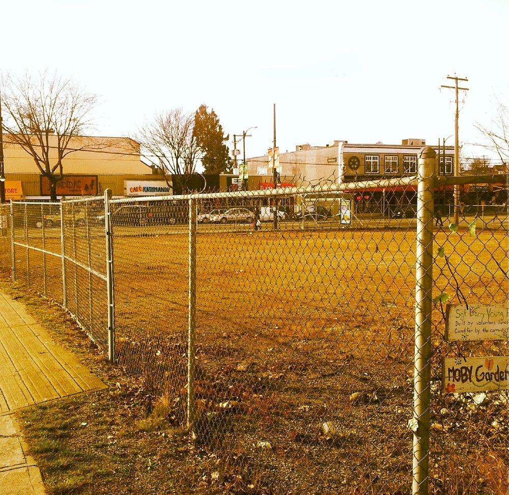 the-drive-garden-vacant_11216482795_o.jpg