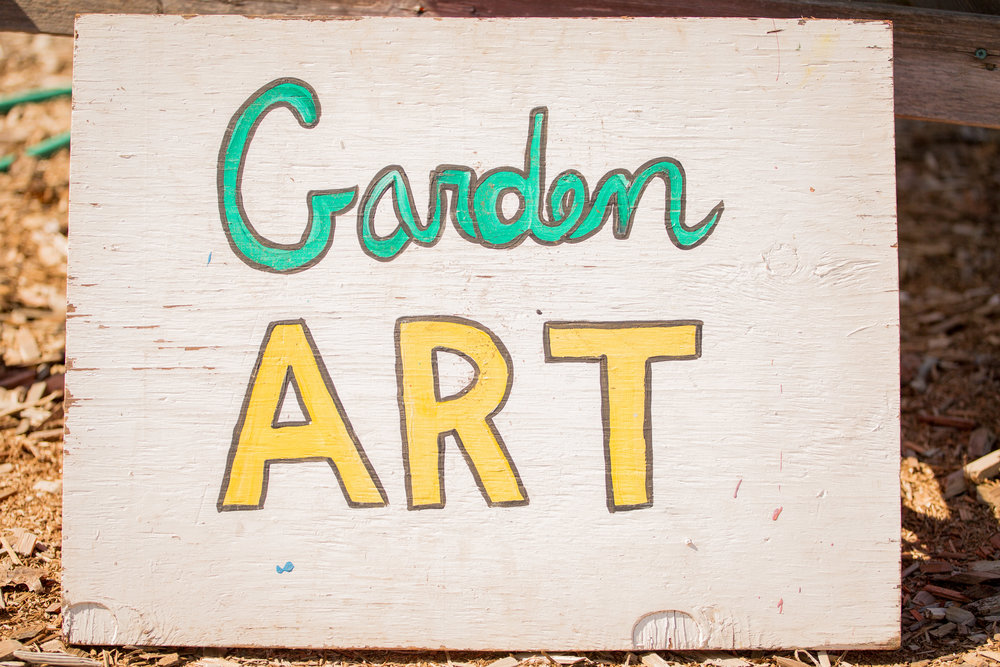 Raised_Garden_Bed_The_Drive_Temporary_Community_Garden_04.2016_Shifting_Growth_191.jpg