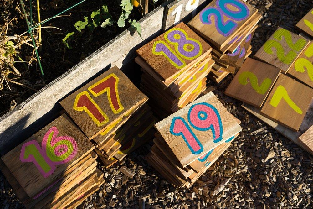 Raised_garden_bed_community_builders_hinge-25.jpg