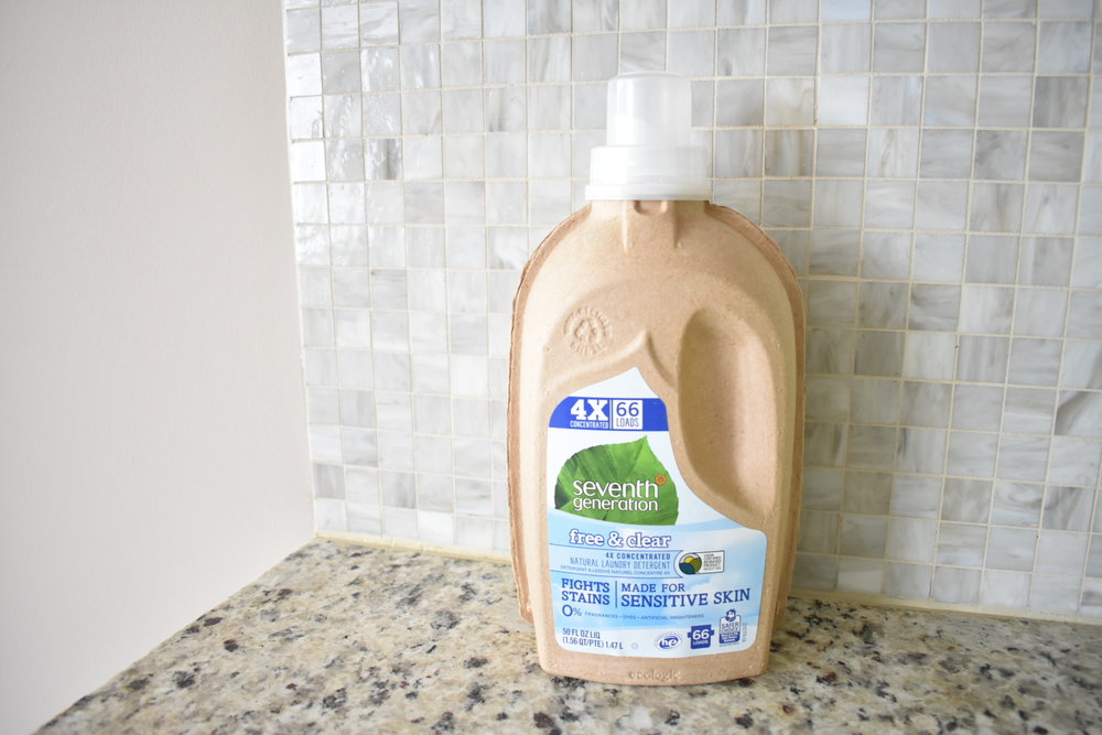 On The Paige Blog | Grove Collaborative | Clean Your Routine | Laundry Detergent