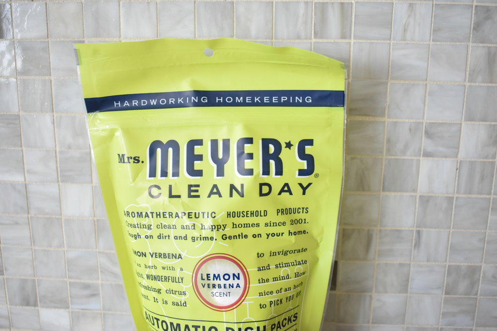 On The Paige Blog | Grove Collaborative | Clean Your Routine | Mrs. Meyer's