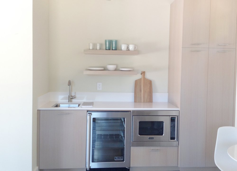 WESTON POOL HOUSE KITCHENETTE.jpg