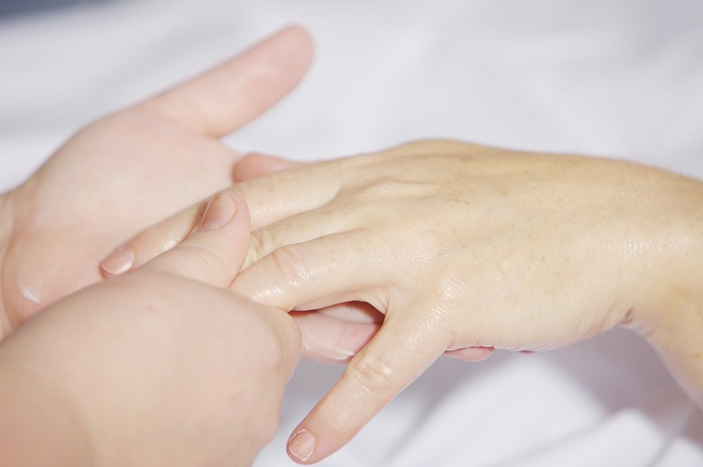 Hand Reflexologist Regina | Hand Reflexologist Weyburn
