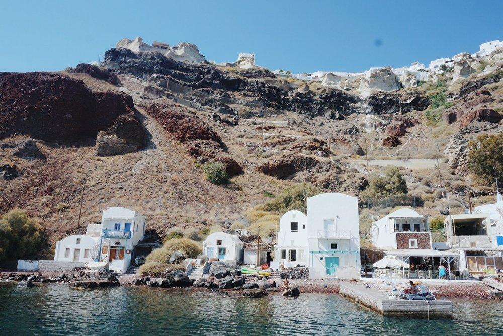 Thirasia island boat cruise