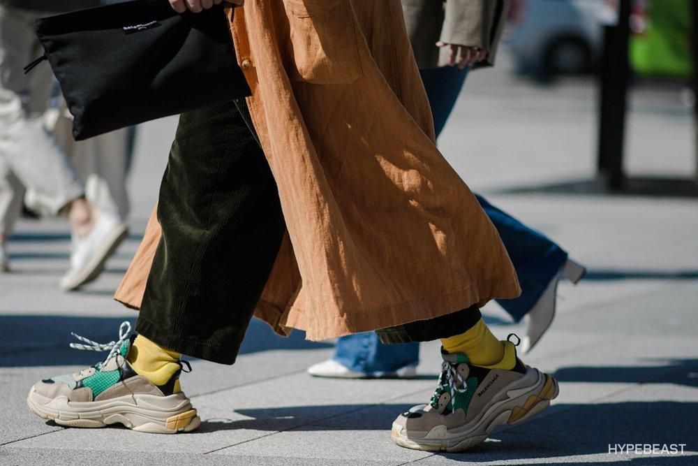 seoul-fashion-week-spring-summer-2018-streetsnaps-1.jpg