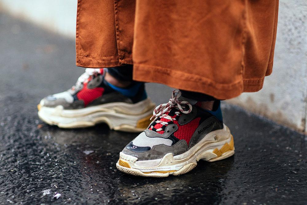 sneaker-street-style-paris-fashion-week-womens-ss18-1.jpg