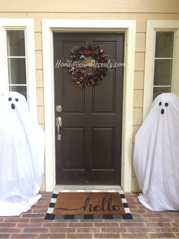Halloween House Party - Is your favorite time of the year to party Halloween? It is ours too! Check out some of the stuff we have created for our spooktacular annual Halloween get together.