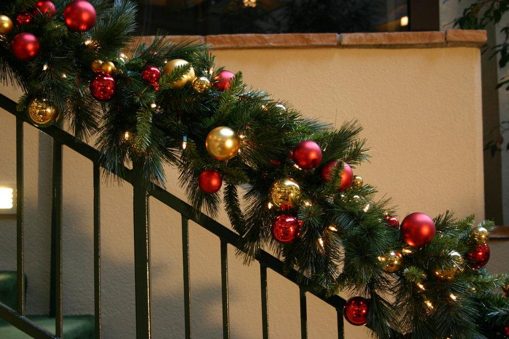 Ornament Garland.JPG