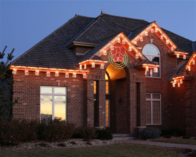 glitter and glow chrismas decor residential exterior (37).jpg