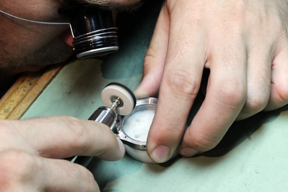 Polishing Case Micromotor.jpg