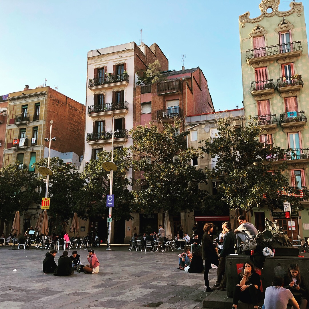 How to Live Like a Local in Barcelona