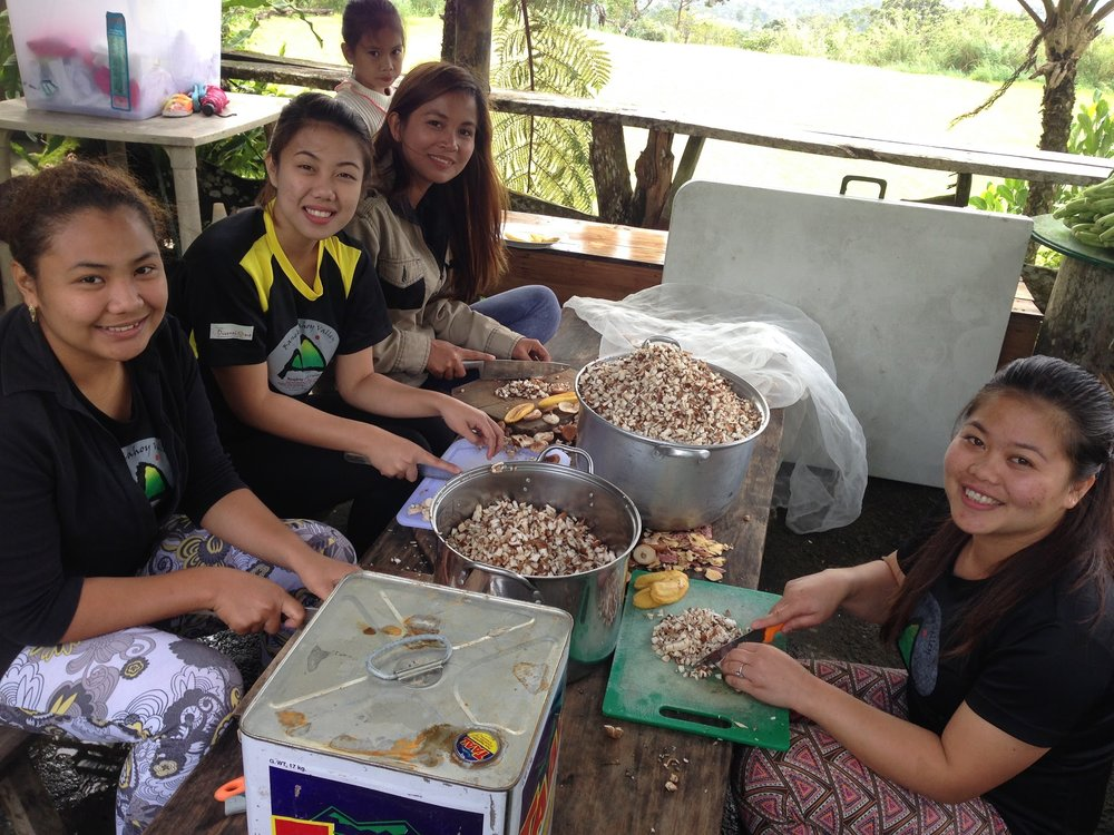 Here are the ladies who worked the kitchen- chopping mushrooms for their mushroom burgers