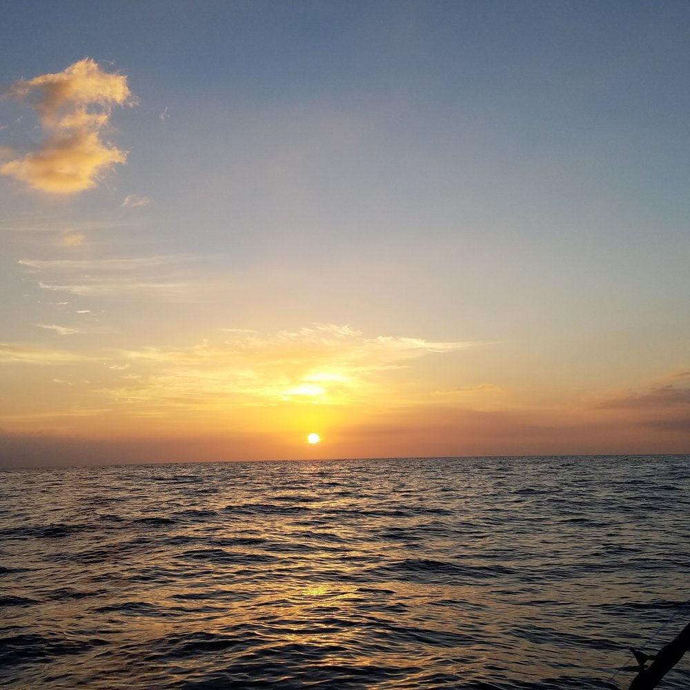 sunset_boat_ride_kona_hawaii.jpg