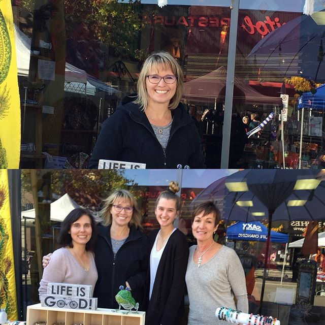 Outside Teas & Weaves last Saturday morning market for 2018 season. Thanks to Kathy setting up her Karma n' Kosmos beautiful bracelets and Michelle and Marlise we had a successful day. Brisk in both weather and traffic.