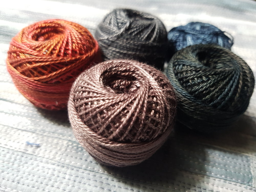 Choosing heavier threads for additional texture and colour
