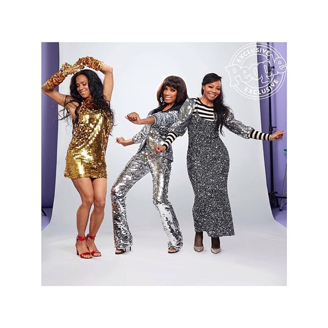 ICONS @people  @envoguemusic #girlgroup looking #stunning rocking NIMZAJ'J #hairextensions  styled by our ambassador @hairbyjazmink  __________________________________ #icons #legends #envogue #wendywilliamsshow #blackexcellence #indianhair #russianhair #nimzajhair #rawhair #templehair #beautifulhairbeautifulyou #nyc #textures