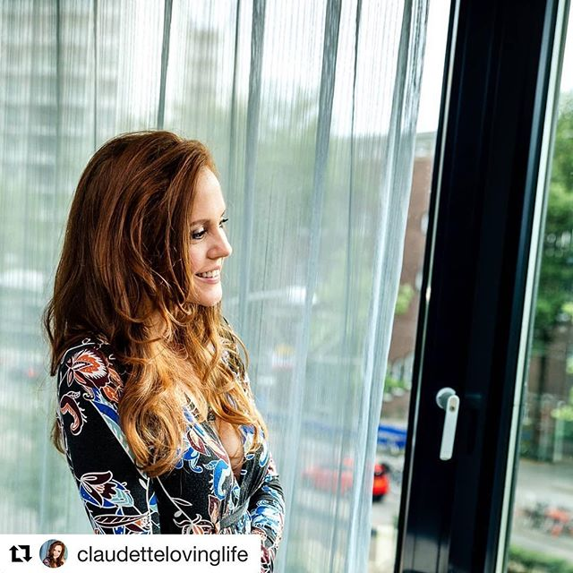 Met this amazing woman in Rotterdam this year at a fundraising event and she's a soul sister, beyond inspiring, wise and authentic and wanted to introduce all of you  to her 💙 #Repost @claudettelovinglife ・・・ Don't be afraid of losing someone.  Be afraid of losing yourself in the process of trying to keep them. You are your most valuable treasure. Don't forget who you are at your core! Only be with someone if you are empowered and can easily be your authentic self when in their presence.  #valueyourself #letthemgo #nofaking #authenticityissexy #dotheyvalueyou #soulconnection #takeoffthemask #femininespirituality #masculinespirituality #beyourself #moveon #youwillknow #behaviorneverlies #loveauthentic #trueself #justlive