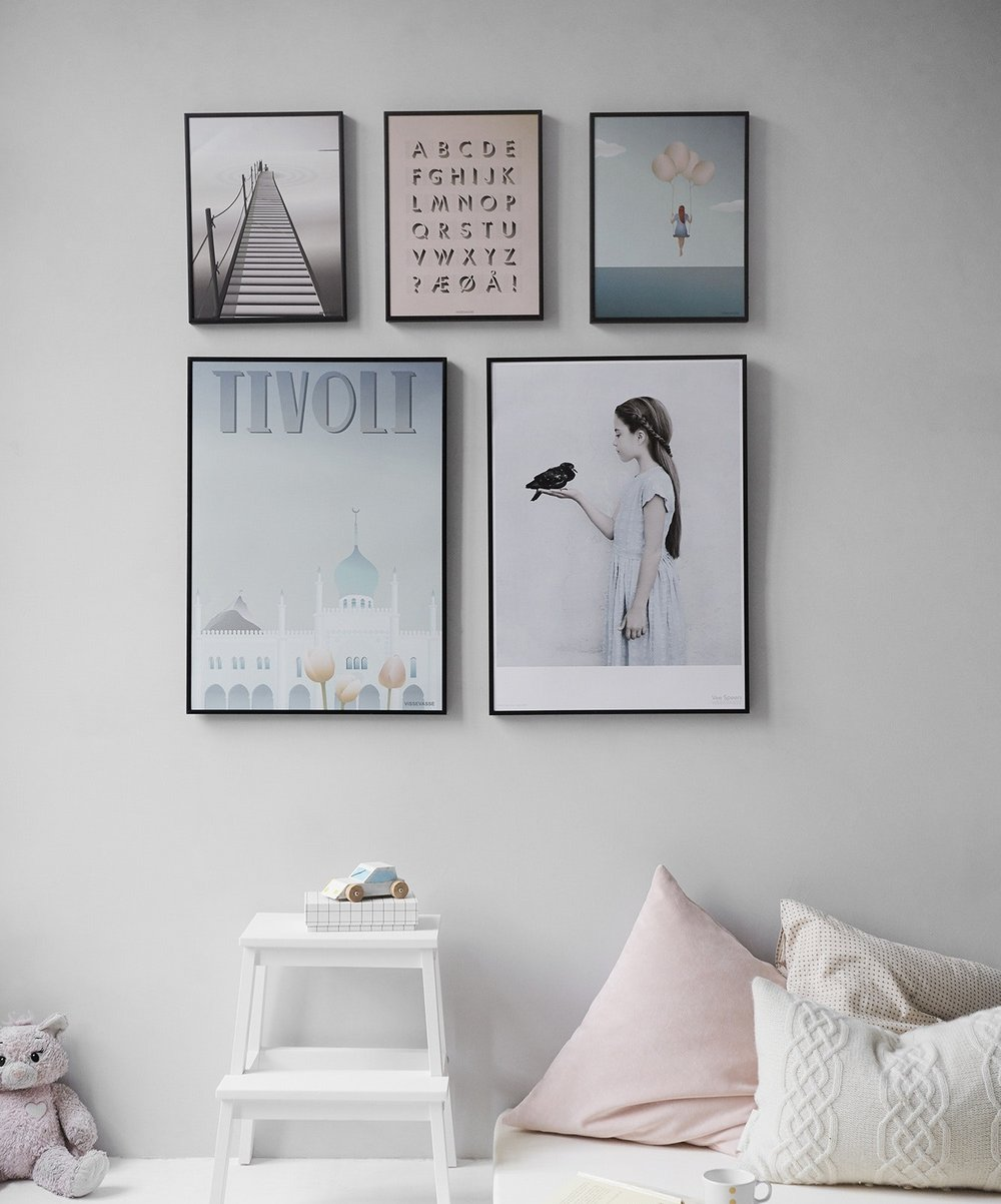 Click above to view our Pinterest idea board for Gallery Wall Displays