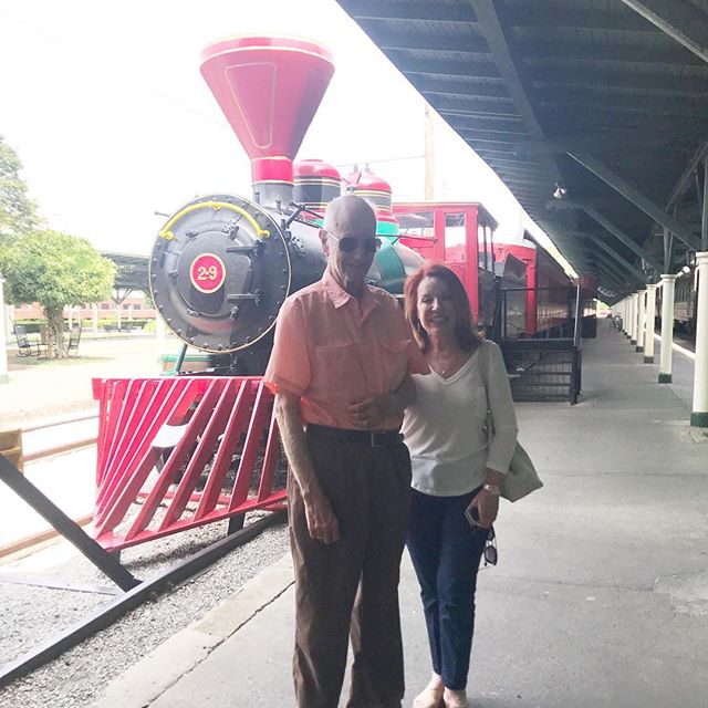 So special to meet Mr. Ray Valdes and his daughter Teresa Higuera back at the #choochoo after 40 years ago when he stayed in a sleeper car on THE #track29 once upon a time! Thank you for visiting and singing 🎶 Chattanooga Choo Choo with us! 🎶🚂🎉❤️🎶 #chattanooga