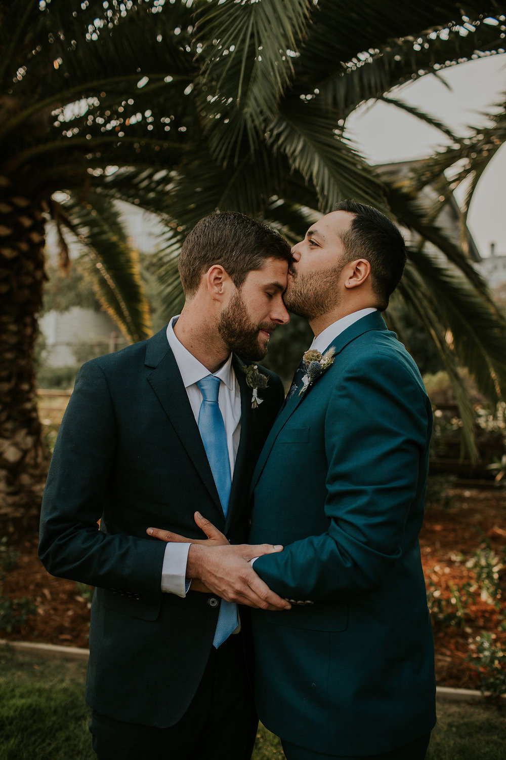 Love always wins by Dia Photography