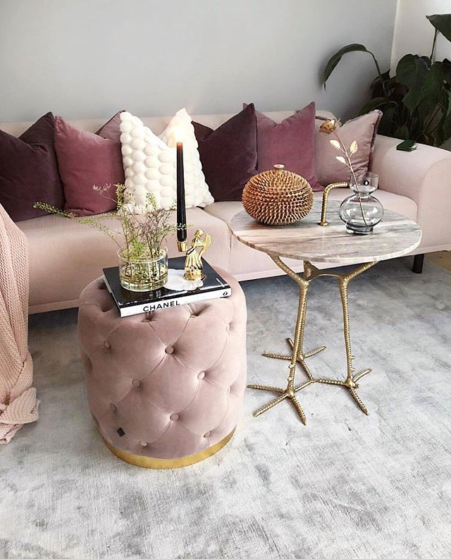 Stockholm interiors showing us how to do luxe blush 🌟 📷 @interiorbyvanessa