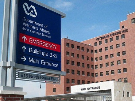 Phoenix va hosptial - The Phoenix VA Hosptial Systme needed help developing and designing its 2018 annual report for distribution to its audiences.Creative Services ~ Branding ~ Content ~ Since 2018