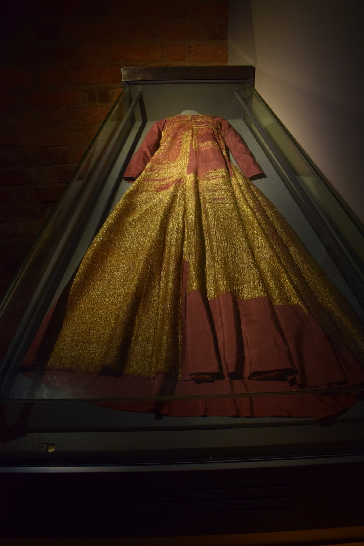 one of the best exhibits in the treasure queen Maragret's dress.jpg