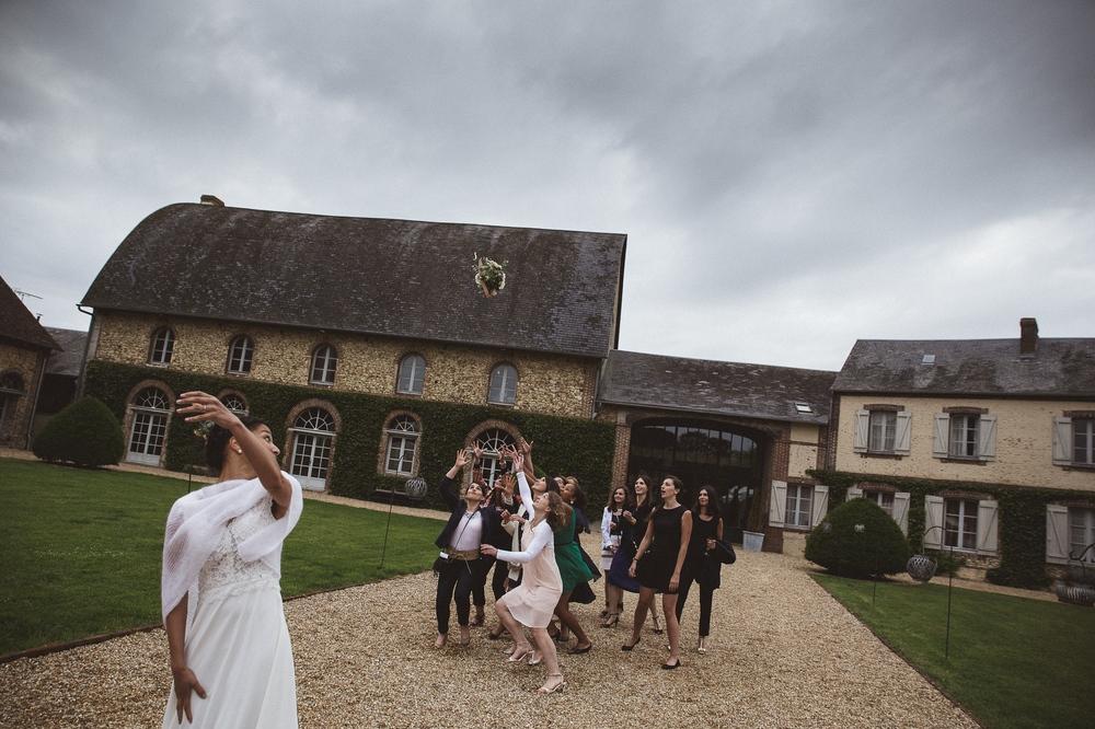 mariage champetre au Domaine des Evis La Femme Gribouillage (57).jpg